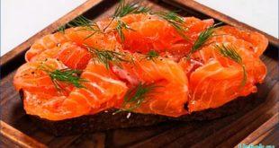 Быстренькая закуска из красной рыбы