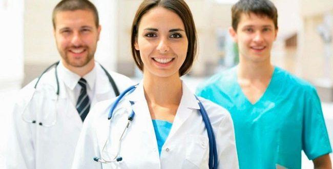 Врачи-специалисты: уролог, гинекологи и пластические хирурги